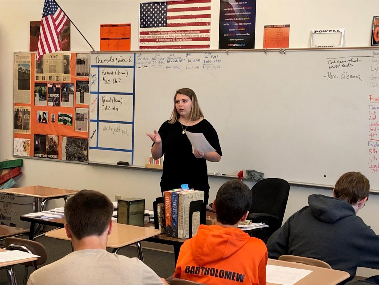 Senior Kenadee Bott teaches a writing lesson to Mr. Vin Cappiello's English 9 class last semester.