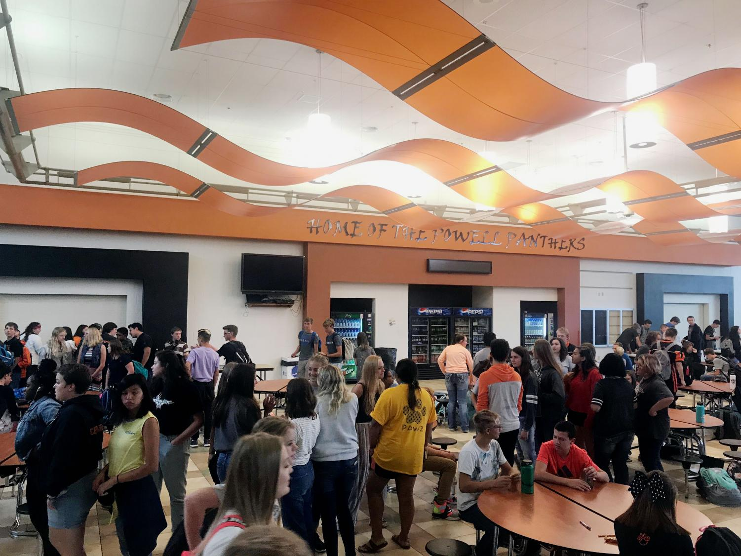 Hoards of students gather in the Commons, on Sept. 6, as the final bell rings signifying its time to get to class.