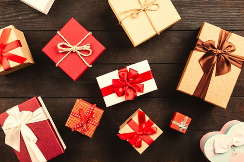 According to Alliant, Americans were predicted to have spent $1,047.83 this year on Christmas, A 4% increase from last year's average.
