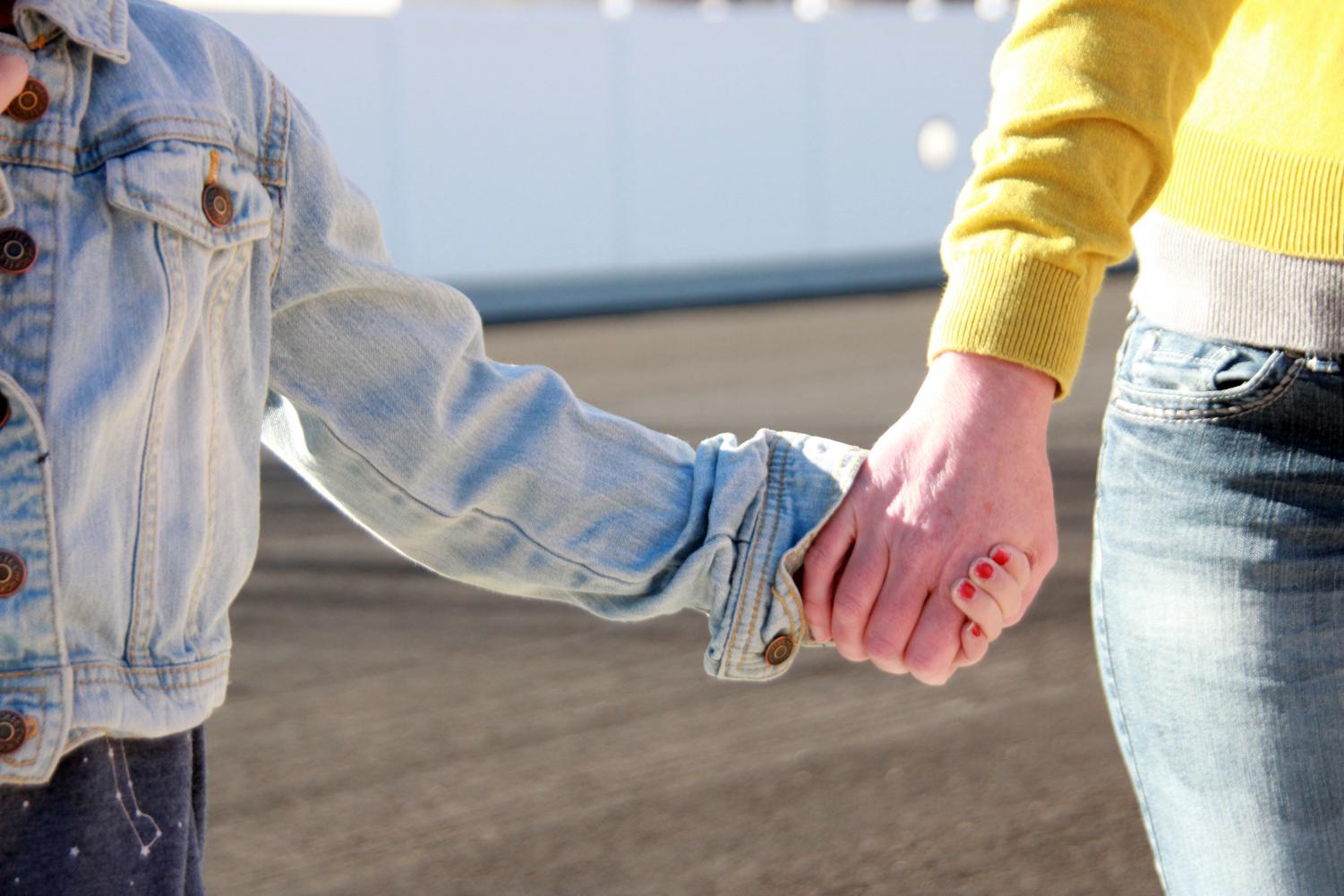 Making your child hug another adult goodbye may be affecting them negatively.